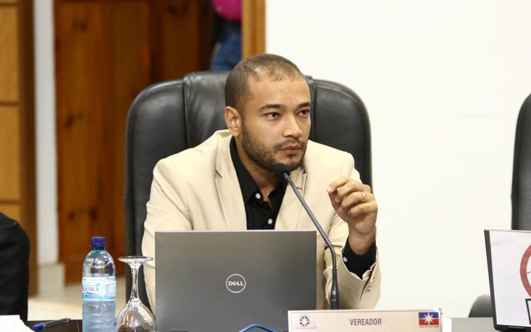 """LEM: """"Quem é o prefeito de Luís Eduardo Magalhães: Oziel Oliveira ou Humberto Santa Cruz?"""""""