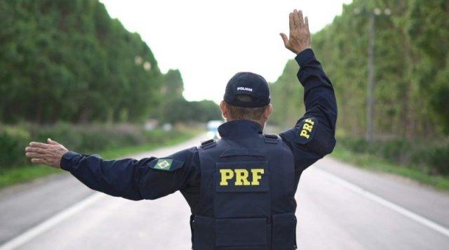 Feira de Santana: Polícia Rodoviária Federal apreendeu moto de luxo adulterada