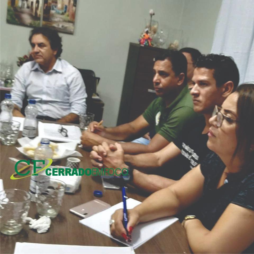 LEM: Reunião entre a Diretoria Executiva do SINPROLEM e o Prefeito Oziel Oliveira