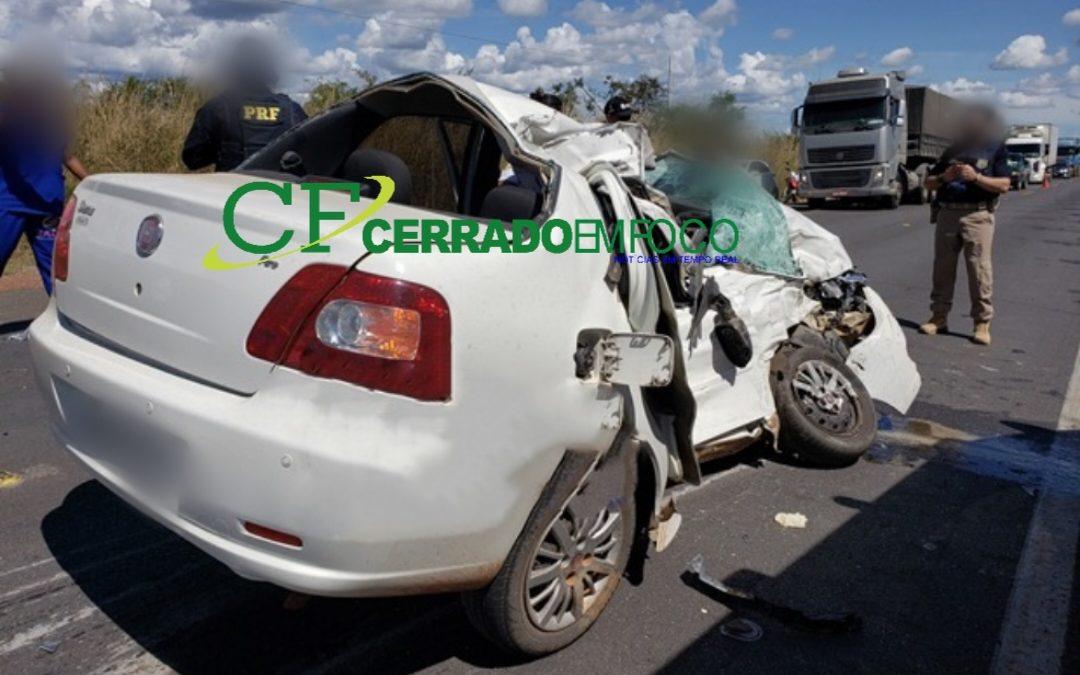 Barreiras: Colisão na BR-242 deixando uma pessoa gravemente ferida