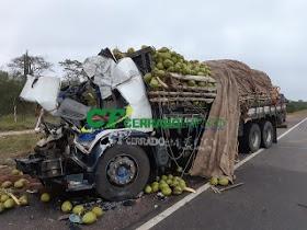 Capim grosso: Acidente entre carreta e caminhão deixa quatro mortos no município de Capim Grosso