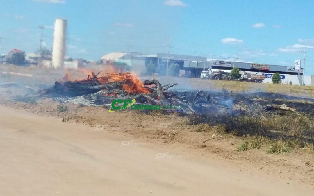 LEM: Princípio de incêndio causa pânico em moradores do Bairro Jardim das Acácias