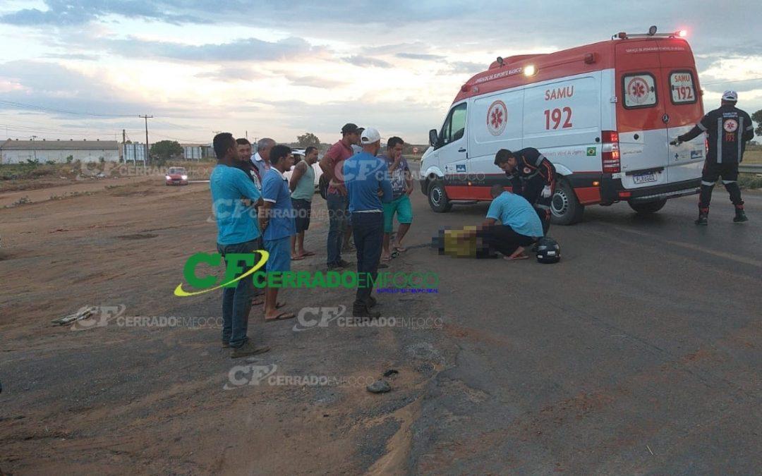 LEM: Colisão traseira na BR 020 deixa motociclista ferido.