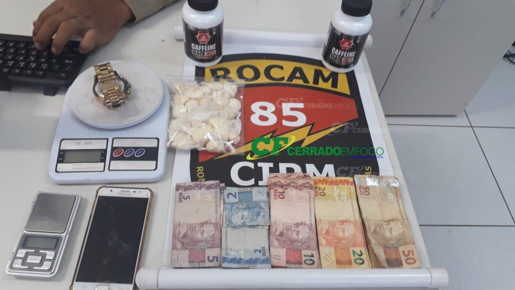 LEM: Jovem é detido pela ROCAM da 85ª CIPM com drogas no Bairro Santa Cruz