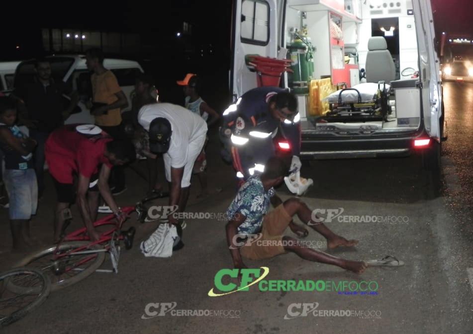 LEM: Ciclista fica ferido após colisão em motocicleta na BR 020, perímetro urbano.